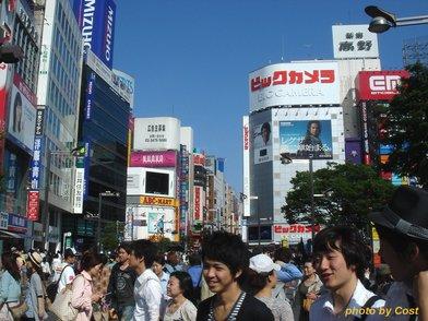 20100516shinjyukuekimae.jpg