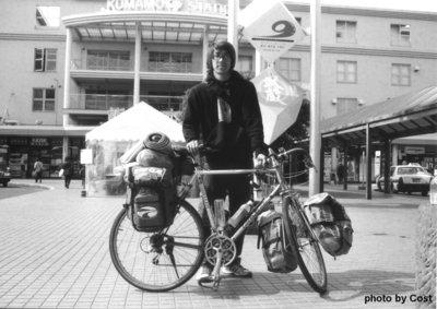 自転車旅行者A.JPG