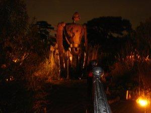 夜のロボット兵.jpg